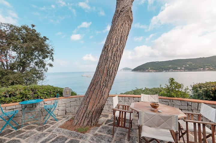 Dreamy Villa with Sea View - Villa Lo Scoglio
