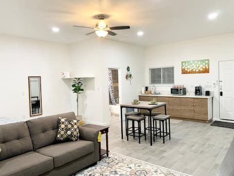 Newly Remodeled Private Studio Home
