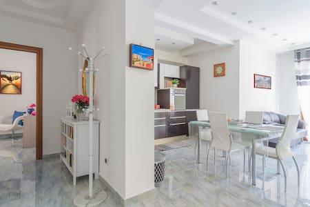 SUPERA Napoli Apartment (Wi-Fi) - Napoli