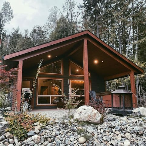 Paddle Inn (cabin 2) ❅ hottub ❅