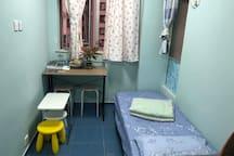 廳: 可以拼列2⃣️張一米床。