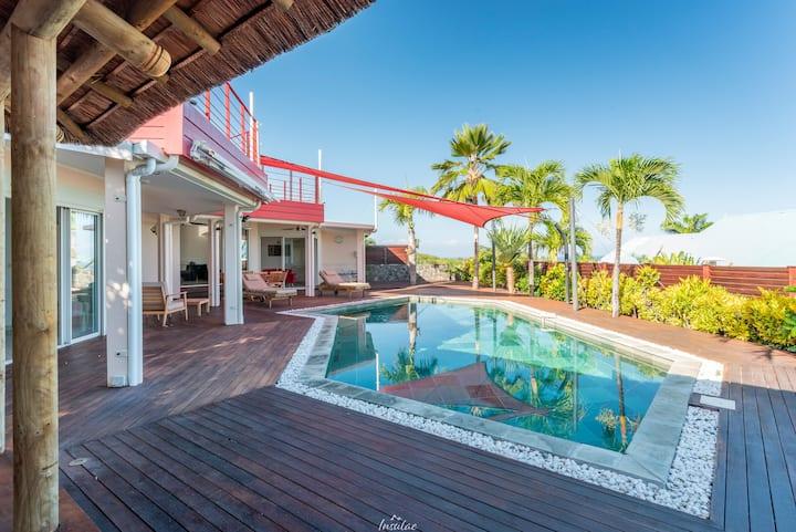 Villa d'Architecte avec piscine, proche lagon