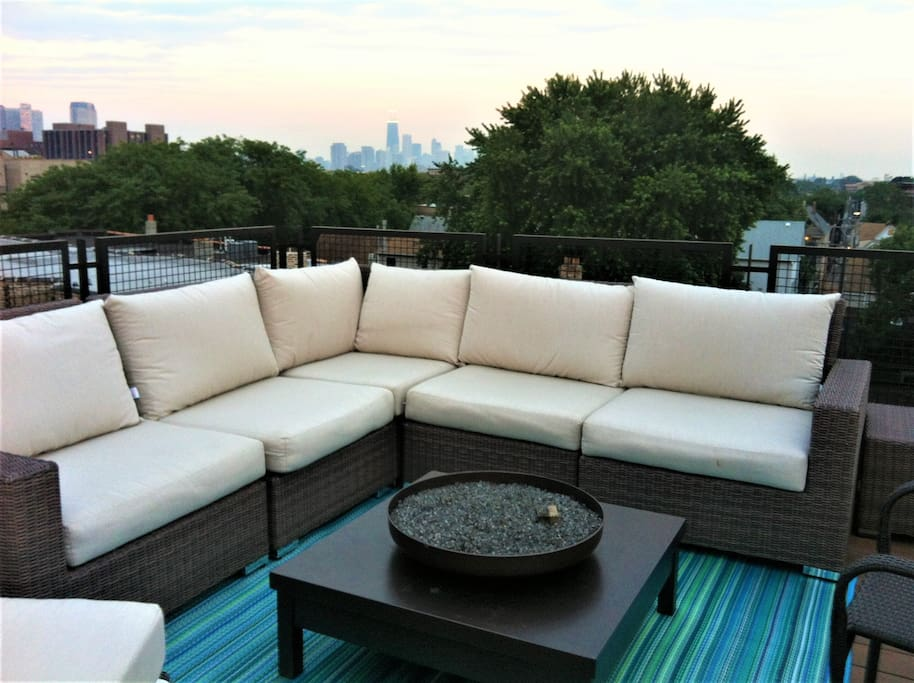 Gorgeous skyline views and firetable for the evenings