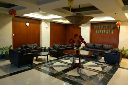 3BR above Ambasador/ITC Kuningan - Setiabudi - Apartamento