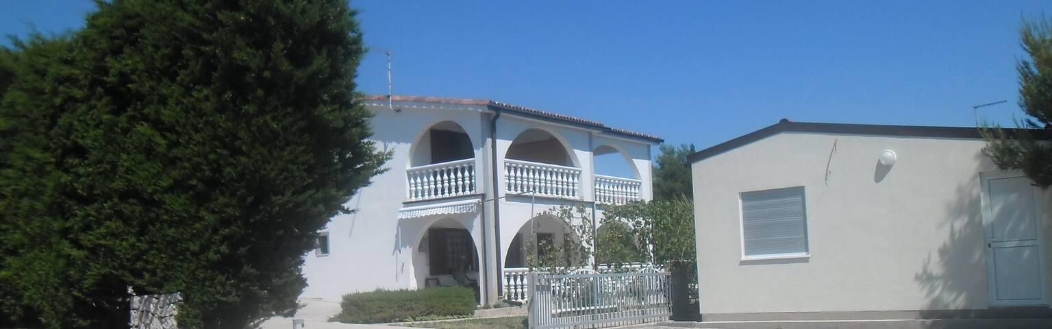 Vila Leona Pirovac / apartment no 2 - Pirovac - Appartement