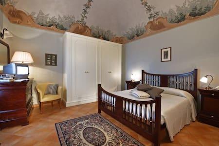 Villa Durando - Alloggio Centrale Fanny - Mondovì