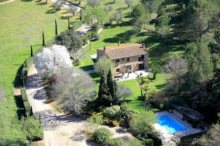 Unique Country Masia, with Pool and Privacy - La Bisbal d'Empordà - วิลล่า