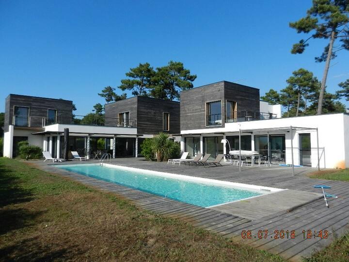 CONTIS-PLAGE  - LUXUEUSE  DOUBLE  VILLA  280 m2