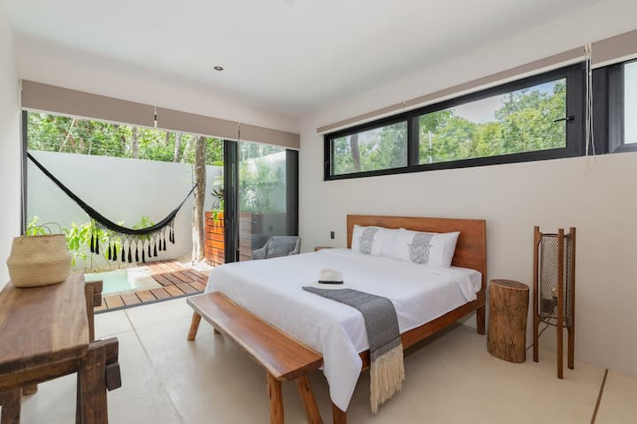 1BD 3PAX BRAND NEW IN TULUM'S BEST AREA! + GYM!