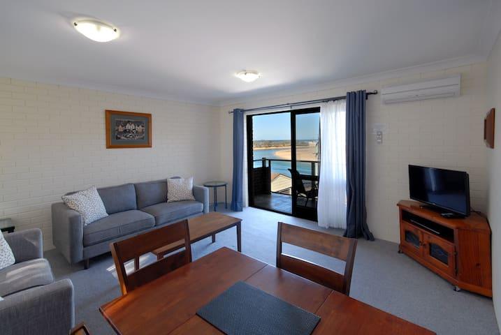1 Bedroom Executive ocean view apartment