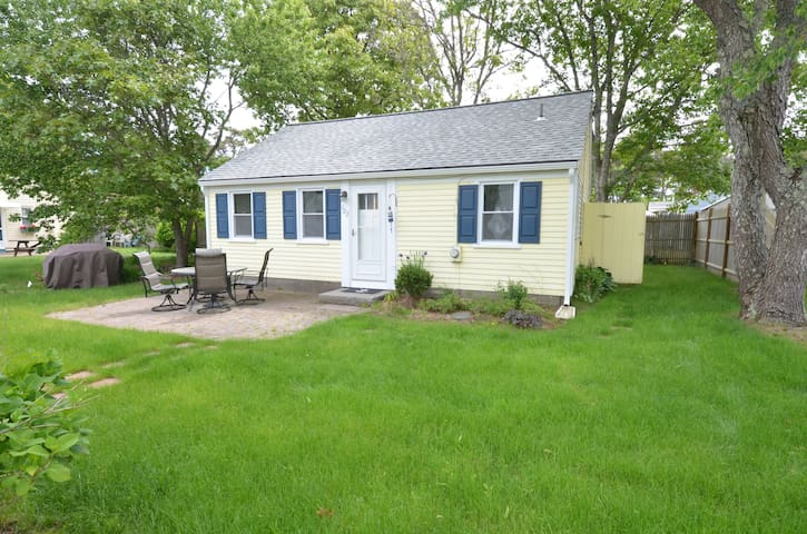 3BR Perfect Location Cynthia Lane! AC/WiFi, NESN!