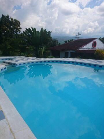 Hermosa Casa de Campo en Anapóima
