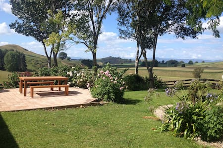 RedBrae Farm just off State Highway 1 very central - Piarere - 独立屋