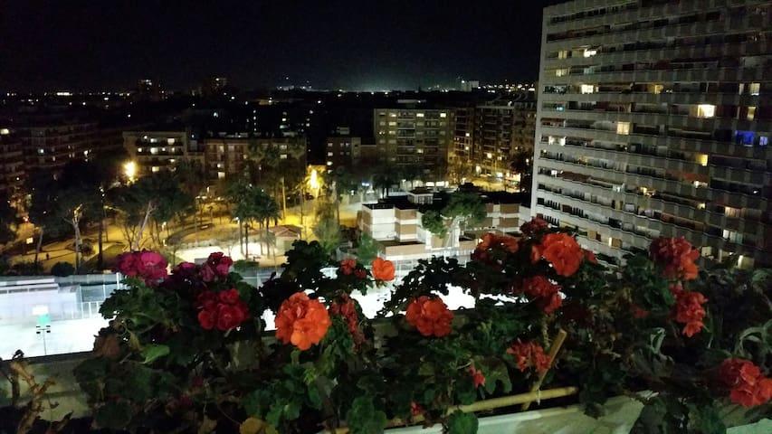 Quite room near Camp Nou&UPC - Barcelona - Apartment