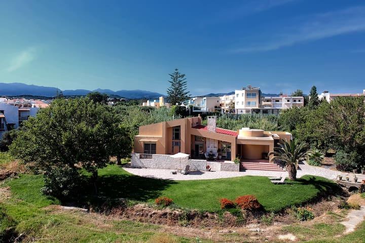 """Villa """"Gea"""" Maleme - Chania close to the beach"""