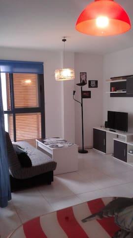 apartamento moderno, acogedor y luminoso