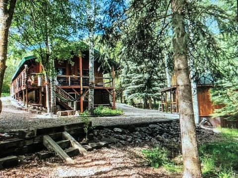 Secluded, Private Cabin