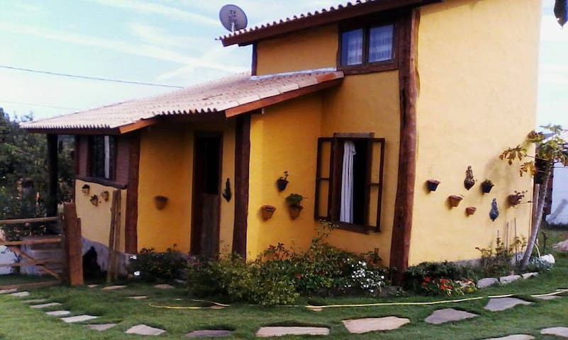 Casa Amarela - Carrancas - Casa