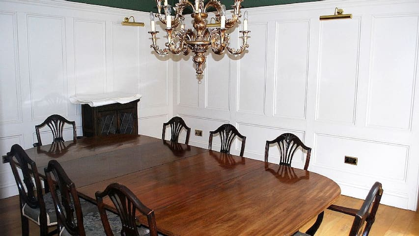 Large Georgian House - Willsbridge - Huis