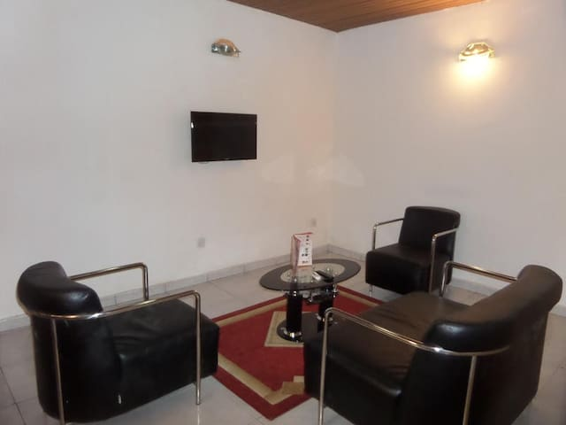Georgio Hotel Annex-Executive Suite