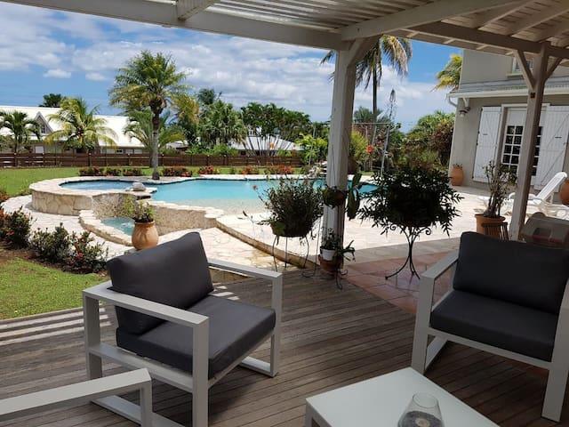Villa Prestige Louise, avec piscine et vue sur mer
