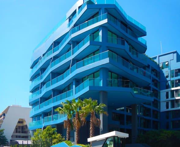 Top floor lux Ocean View condo - Pattaya