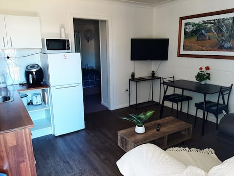 Muswellbrook centre of town apartment's unit 3B