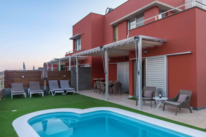 Villa de lujo con piscina Salobre