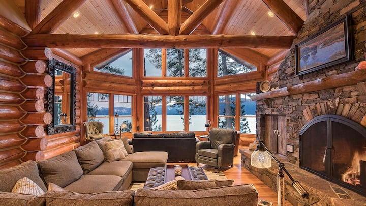 Kootenai Bay Lodge | Log Home | Luxury | Waterfront