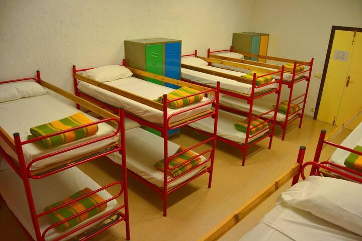 Habitación de 4 plazas en litera - Organyà