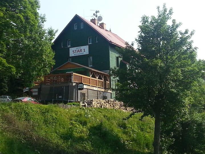 Rodinný hotel Star*** 1 v Krušných horách