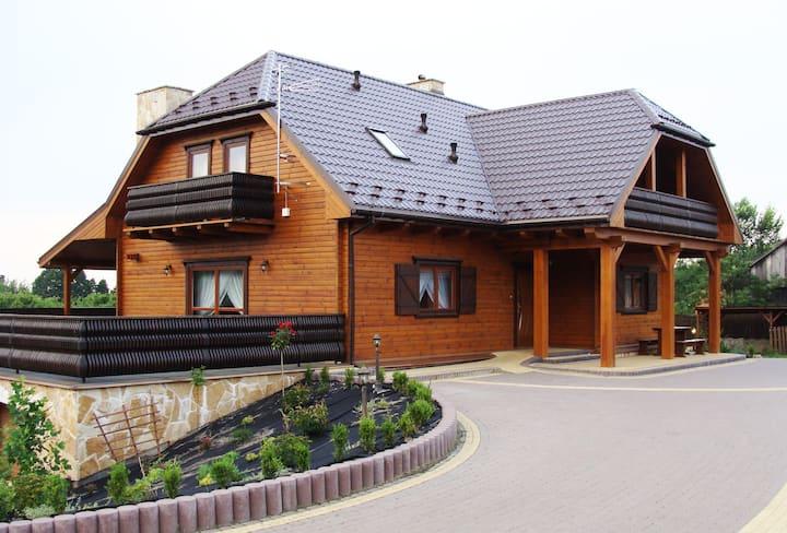 Apartament Dworek Mieścisko
