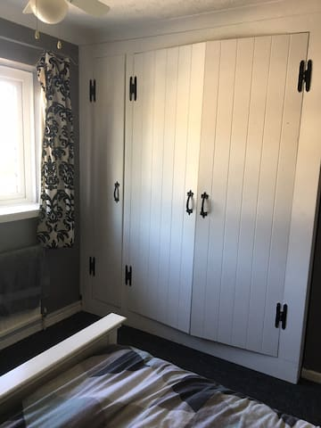 Double room Near FPH and Farnborough airport
