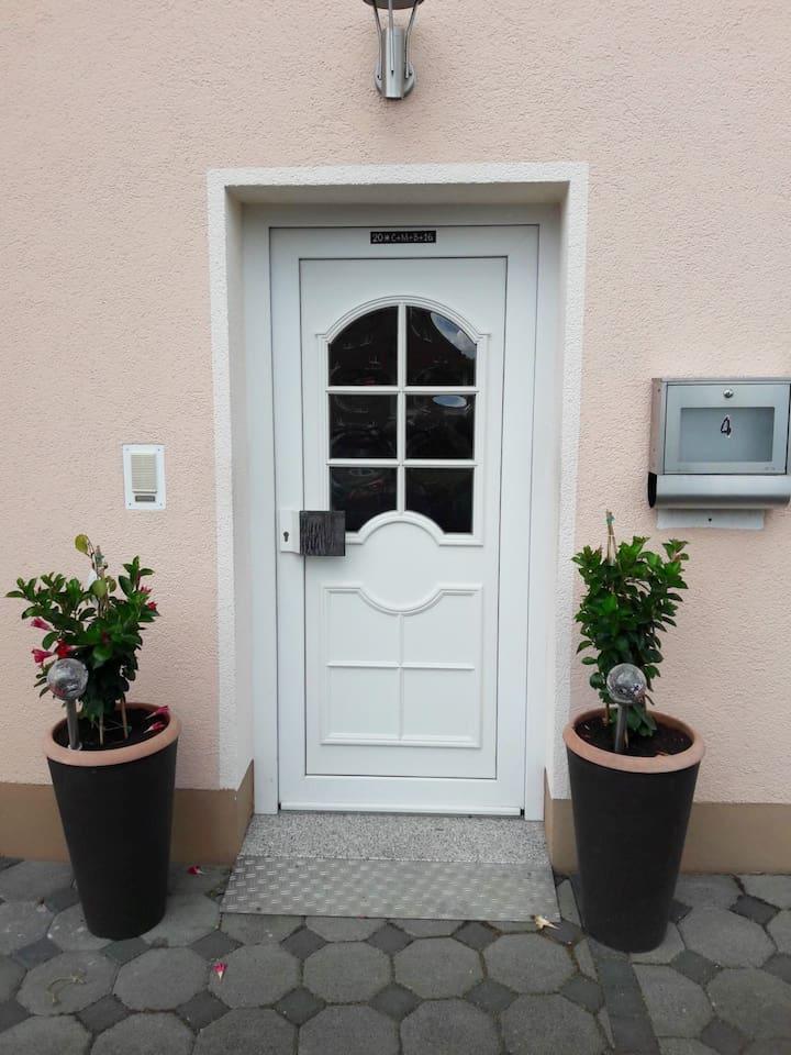 Eingangstür Wohnung