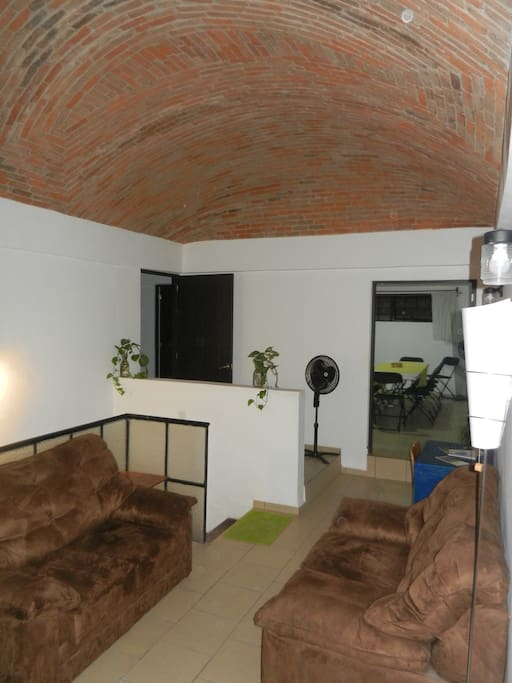 Sala de estar a un lado de la Cocina