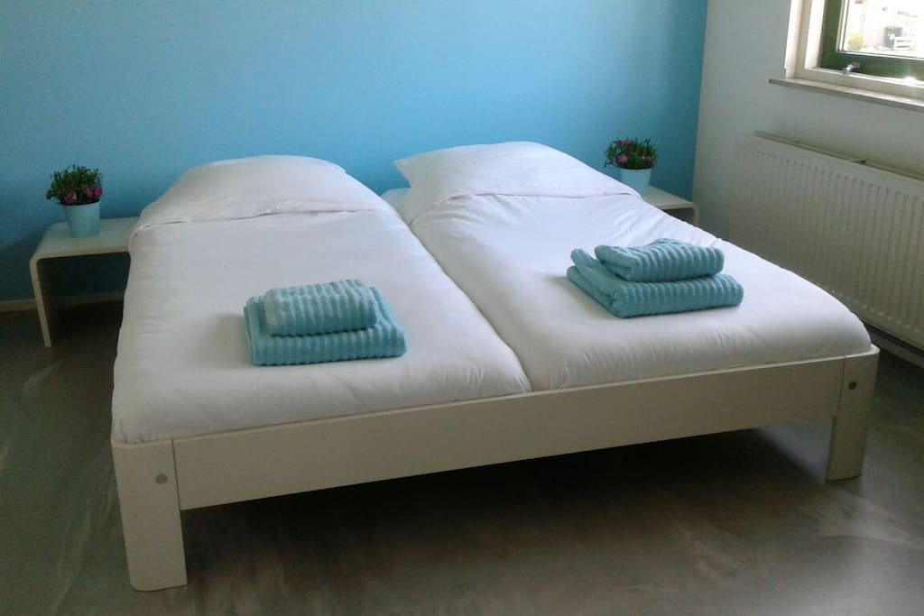 Everything is done to make you feel comfortable. Good sheets, good, anti-allergic pillows and towels of good quality