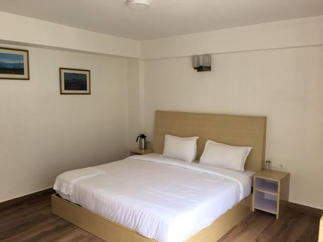 Room 2 (Ground Floor)
