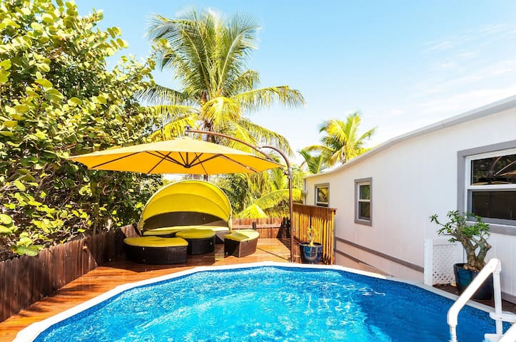 Waterfront two Bedroom Paradise Villa with Pool
