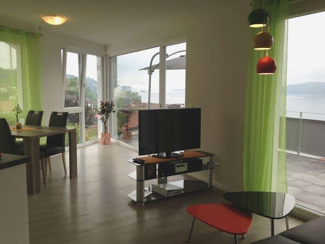 Gästehaus Bodenseeperle und Residence Flower Idyll, (Sipplingen), Ferienwohnung Lilie, 75 qm, 2 Schlafzimmer, max. 4 Personen