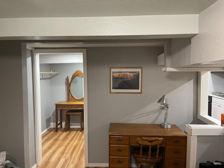 Basement unit with own entrance and bathroom