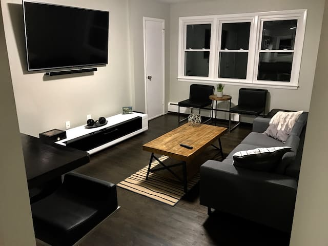 Two Bedrooms apartment- New Haven (Near Downtown)