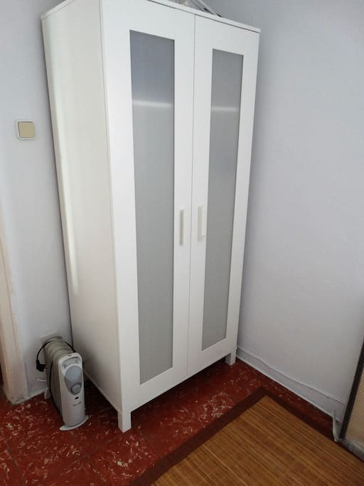 Closet and heating in winter