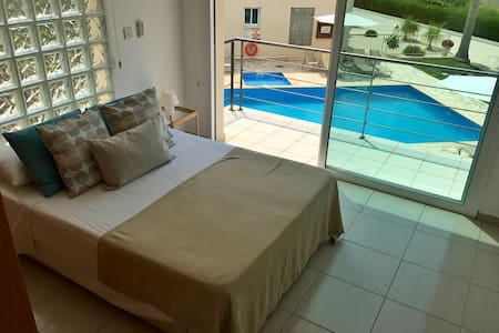 Holmes Place Seaview Apartment - Peyia - Apartment
