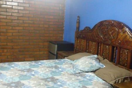 Confortable rooms, house near US consulate. - Ciudad Juárez - Dům