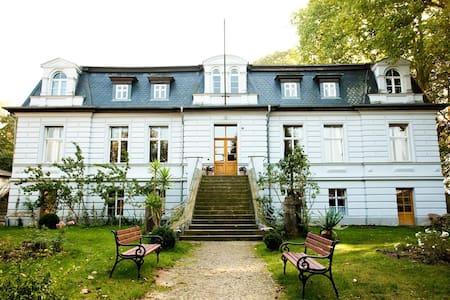 Gut Boltenhof - Landhotel - Fürstenberg/Havel - Kasteel