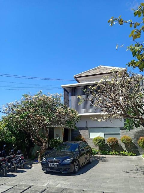 Minimalis Bali - The Jambe Apartment, Kerobokan