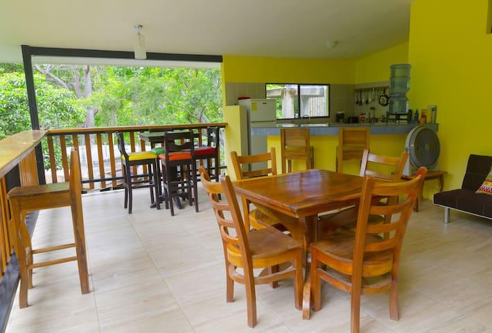Playa Maderas Beach House 'Casa Estella'