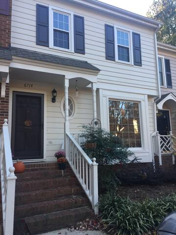 Charming home close to all things! - Raleigh - Rivitalo