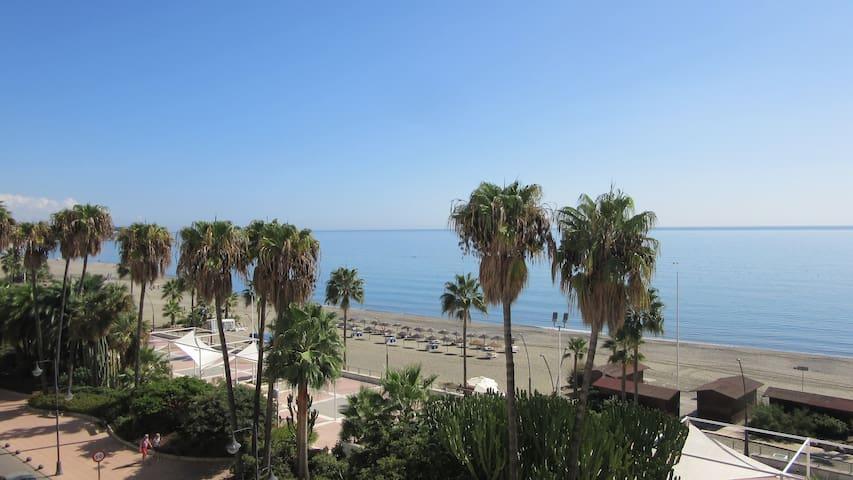 fantastic flat on beach promenade - Estepona - Apto. en complejo residencial