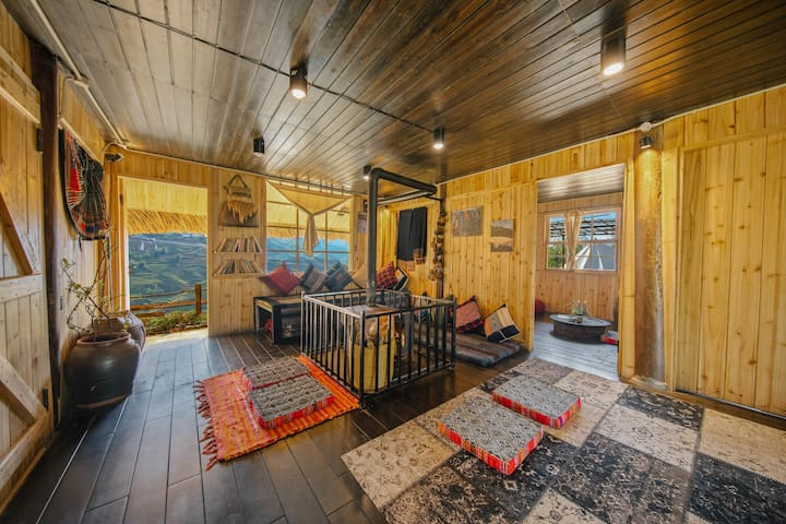 Full of Cloud Around - Entire Wooden Home - Sapa